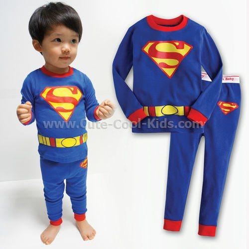 ชุดนอนแขนยาว ขายาว สีน้ำเงินลาย Superman