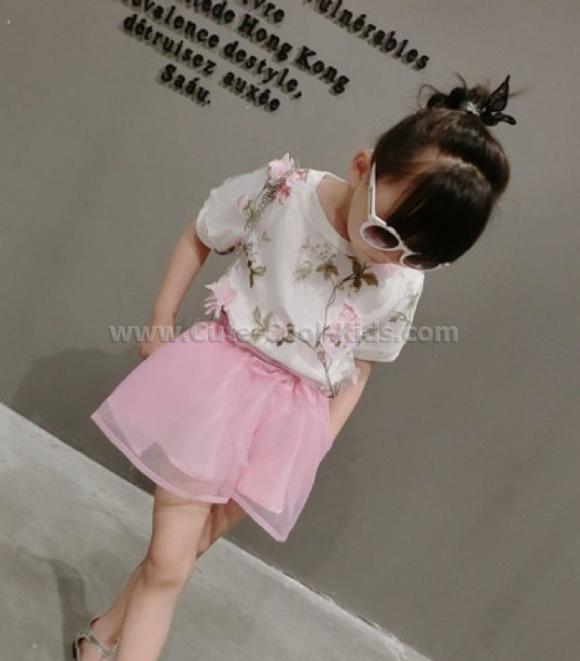 ชุดเสื้อ กระโปรงเด็กหญิงแฟชั่นเกาหลี