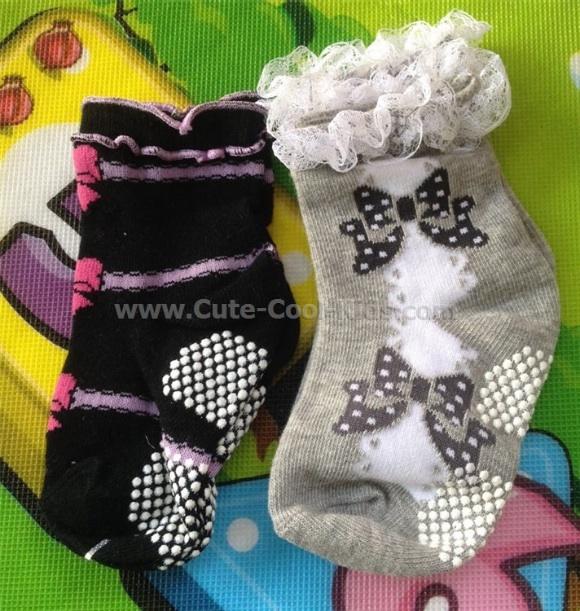 ถุงเท้าเด็ก เซตเด็กหญิง 2 คู่ ขนาด 8-9cm