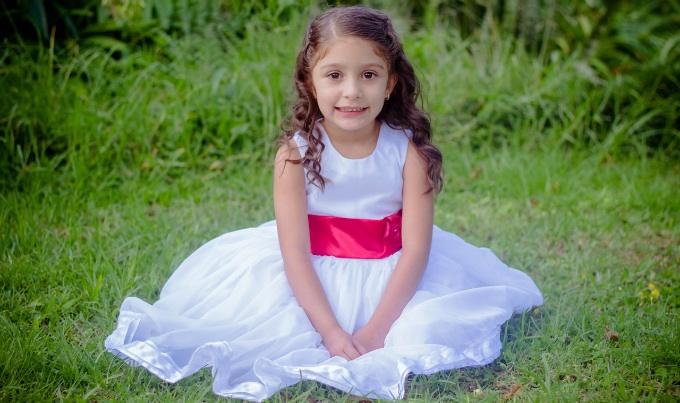 ชุดเดรสเด็ก สวยง่าย ๆ ได้ทุกวัน