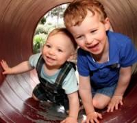 พัฒนาการเด็ก สังเกตลูกน้อยให้เติบโตตามวัย-300