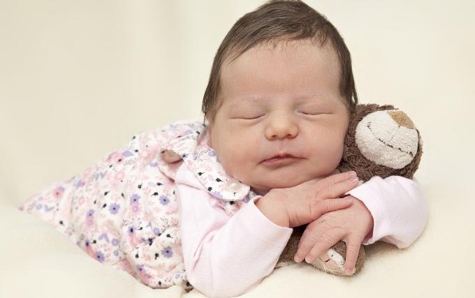 เลี้ยงลูกด้วยนมแม่ คุณค่าที่กลั่นจากความรัก