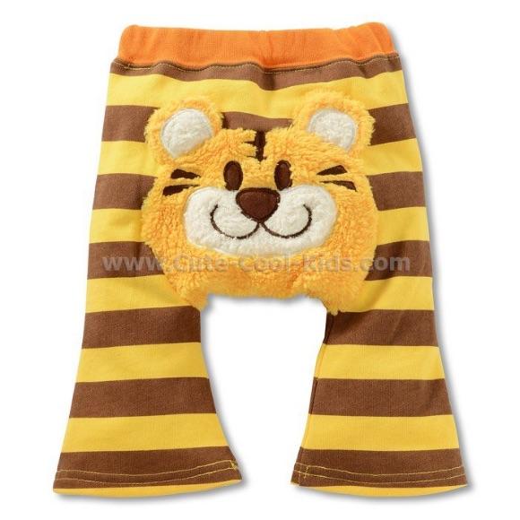 กางเกงก้นบาน 5 ส่วน ลายเสือ